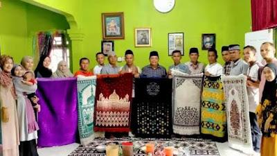 Motivasi Warga Beribadah dimasa Pandemi, Pasie Laweh Adakan Program 1000 Sajadah