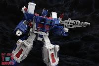 Transformers Kingdom Ultra Magnus 28