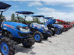 Untuk Petani, Puluhan Alsintan Diserahkan Bupati Wajo