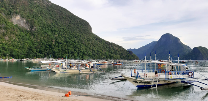 Mooring area for the tour boats at El Nido beach.
