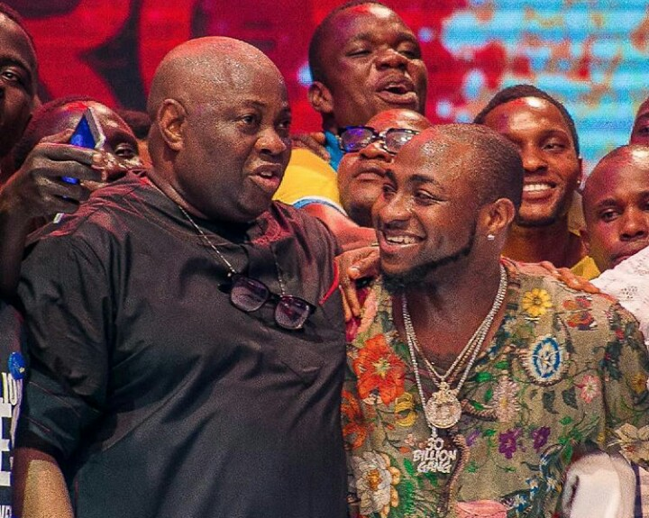 1 - FINALLY! Davido Publicly Apologizes To Dele Momodu As They End Their Beef (Photos)