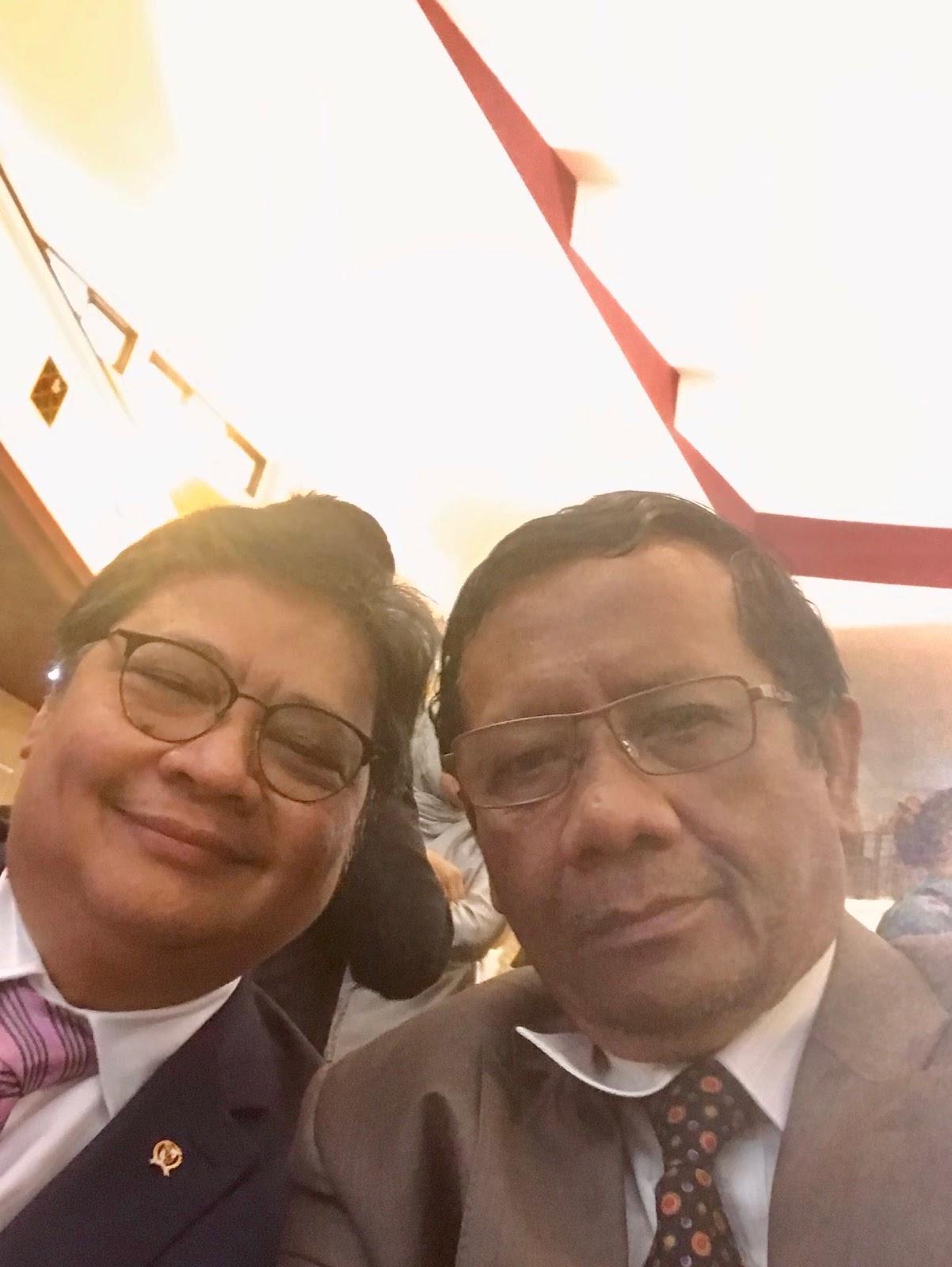 Jawaban Telak untuk Menteri yang Bercanda Corona Susah Masuk karena Perizinan RI Berbelit-belit