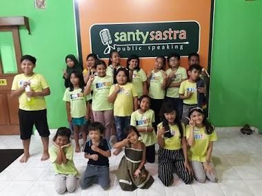 KIDS TALK : Yoga & Public Speaking - Program Santy Sastra Public Speaking Edi Februari 2020