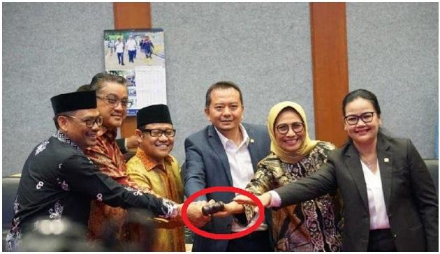 Wakil Ketua DPD RI : Hanya Guru Honorer Kriteria Ini Yang Pantas Diangkat Jadi PNS Tanpa Tes