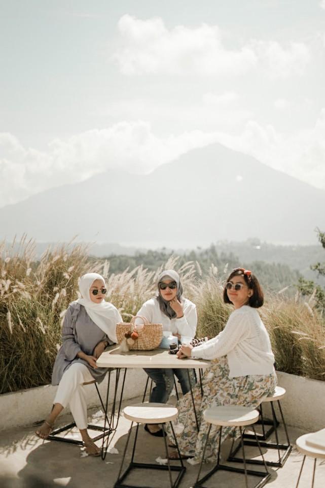 review montana del cafe kintamani