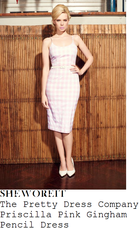holly-willoughby-the-pretty-dress-company-priscilla-pale-pink-and-white-oversized-gingham-check-print-sleeveless-pencil-dress
