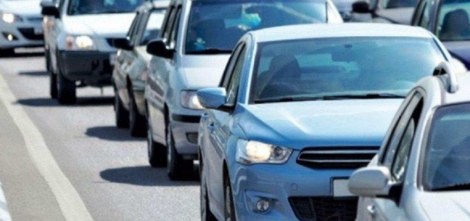 Donos de veículos de placas com finais 9 e 0 têm até o fim deste mês para pagar IPVA