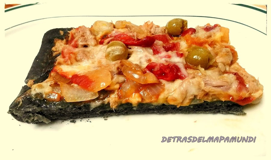Pizza Marinera Negra- Detrasdelmapamundi
