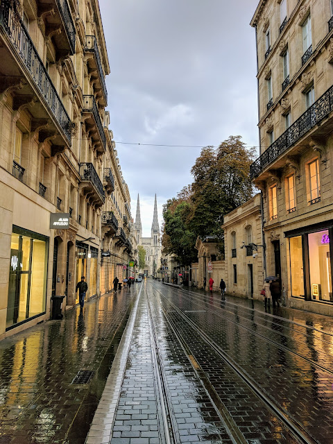 Things to do in Bordeaux: walk the cobbled streets