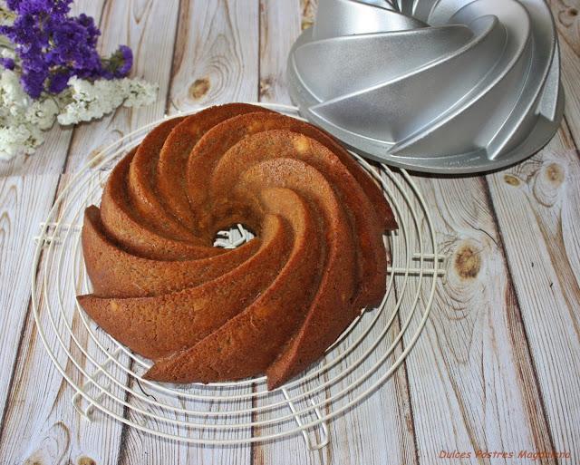 bundt-cake-piña-nueces