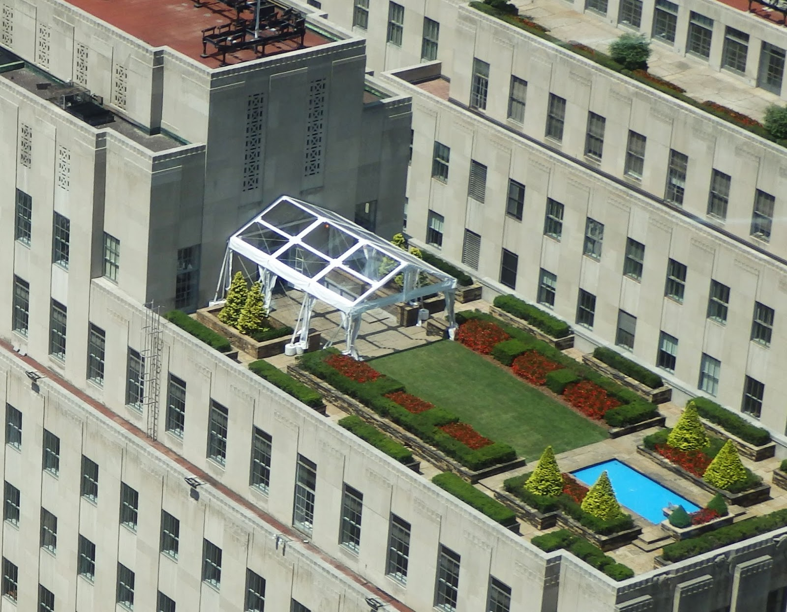 Big Apple Secrets Rockefeller Center Roof Top Gardens
