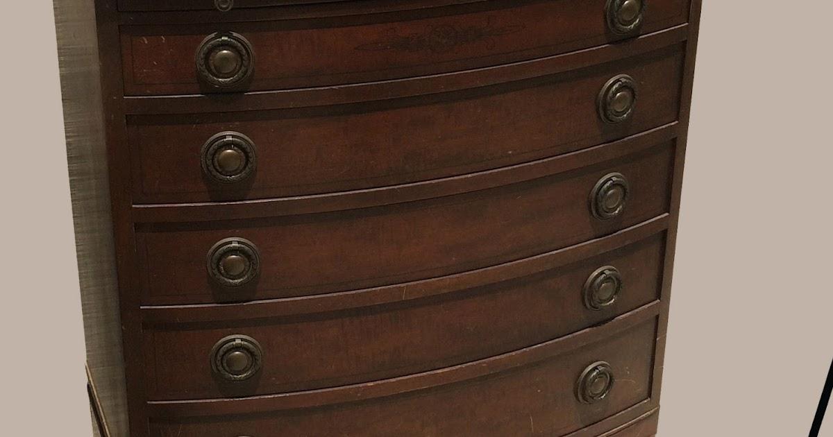 Uhuru Furniture Amp Collectibles Vintage Bow Front Mahogany