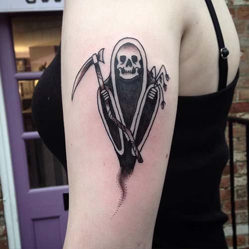 woman shoulder grim reaper tattoos azrail dövmeleri