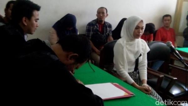 Pilu Febi Tagih Utang 'Bu Kombes' Malah Dituntut 2 Tahun Bui