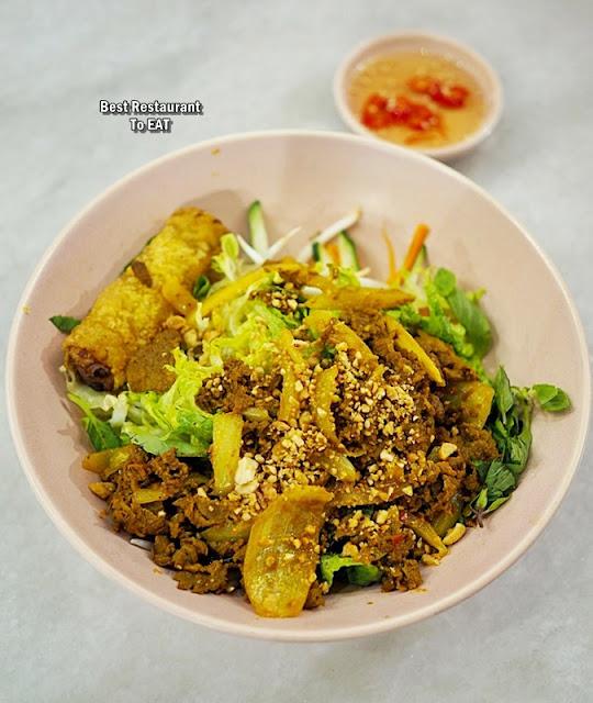 Nguyens Retail Park Vietnamese Restaurant Menu - Nguyen's Signature Beef Noodles