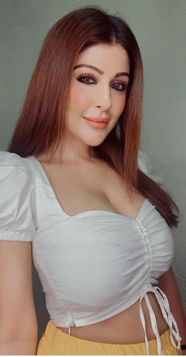 Hottest photos of Shagun Ajmani - actress from Jamai Raja and Naagin 2.