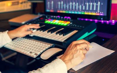Mengenal Midi Controller Dan Fungsinya Untuk Musisi digital