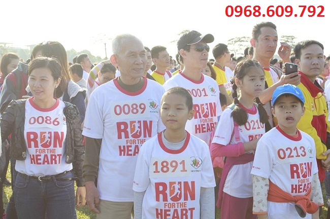 đông đảo người dân tham gia tại gamuda city