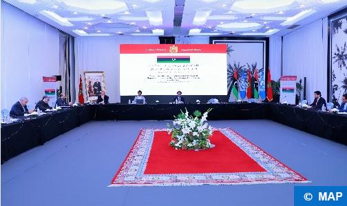 الرباط.. وفدا الحوار الليبي يدعوان المنتظم الدولي إلى دعم العملية الانتخابية في البلاد