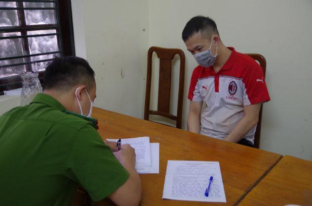 Nữ phó hiệu trưởng bị con trai của người tình đâm tử vong ở Hà Giang đã ly hôn với chồng