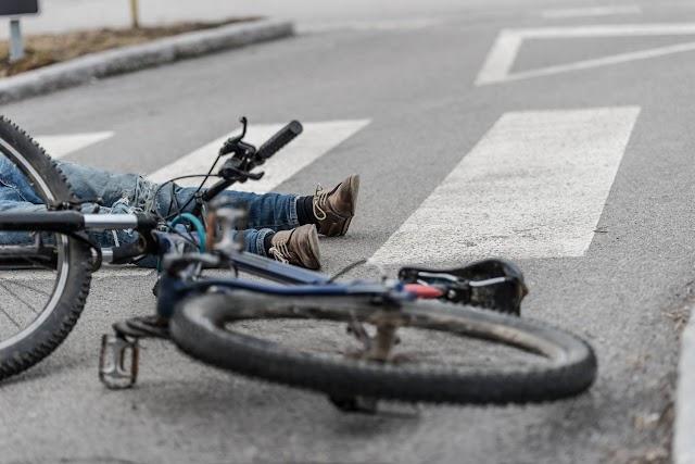 Elesett egy biciklis Békéscsabán, súlyosan megsérült