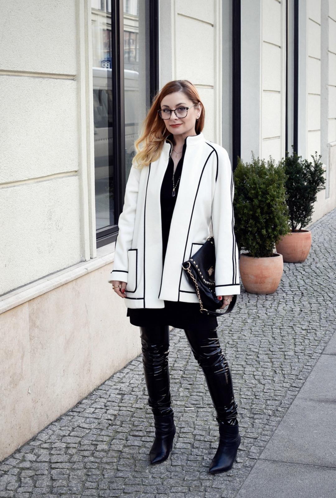 Look mit Blazer, Lederleggings, Lackleder, Modeblog, Ü40 Bloggerin
