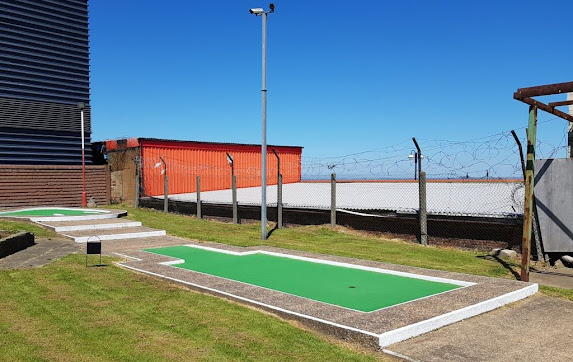 The Arnold Palmer Putting Course in Cleethorpes, Lincolnshire (May 2018)