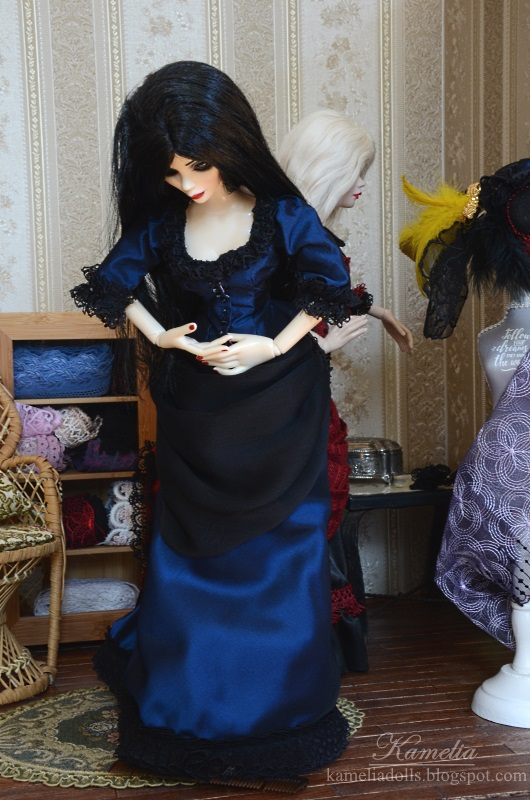 "Victorian dress for 18"" doll"