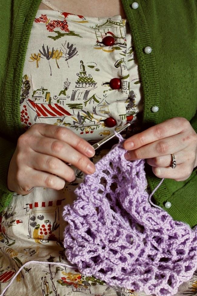 plus size vintage style paris parket dress  and crochet 1940s snood via va voom vintage