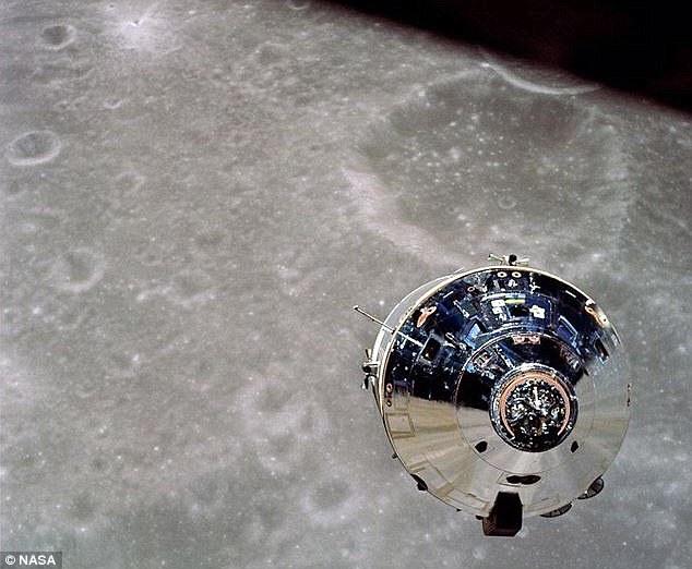 La cápsula Apolo 10 (en la foto) estaba en el lado oscuro de la Luna cuando sus ocupantes escucharon 'música rara' en la radio.