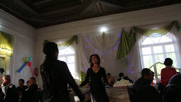 Ouzbékistan, Richtan, mariage ouzbéko-corréen, capture d'écran, © L. Gigout, 2012