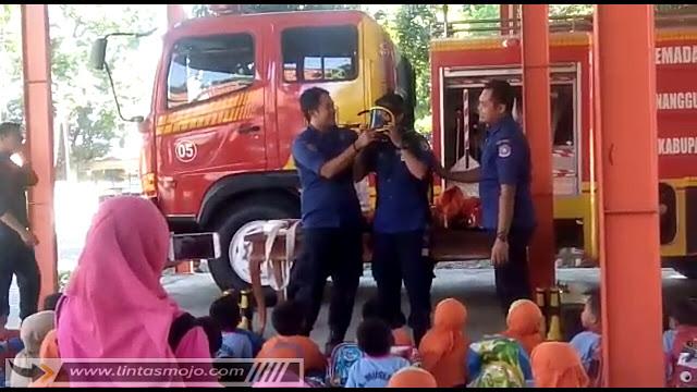 Pemadam Kebakaran BPBD Kabupaten Mojokerto