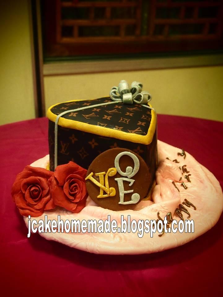 Jcakehomemade Lv Gift Box Cake