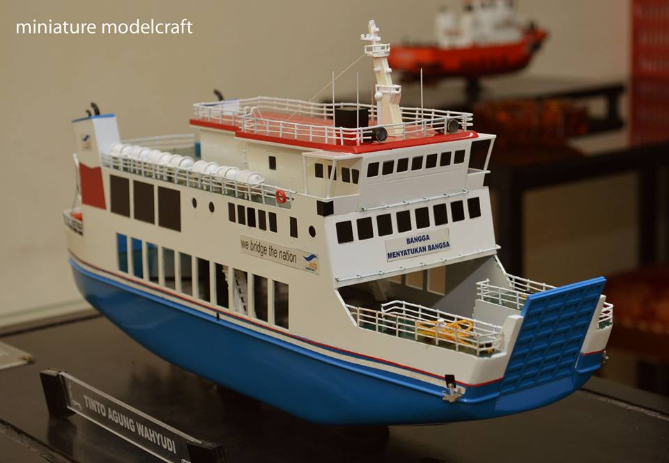 pembuat miniatur kapal ferry kmp muria rumpun artwork temanggung