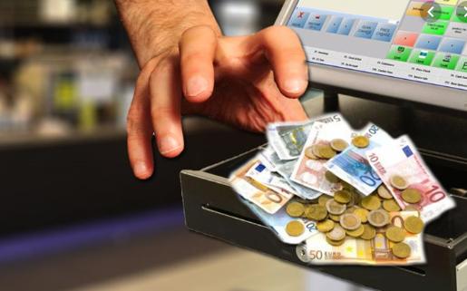 """Έκλεψε χρήματα από κατάστημα στο Ναύπλιο αλλά τον """"τσίμπησε"""" η αστυνομία"""