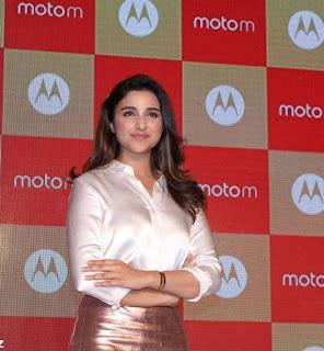 Parineeti Chopra Stills in Golden Mini Skirt at Motorola Moto M Launch  0007.jpg
