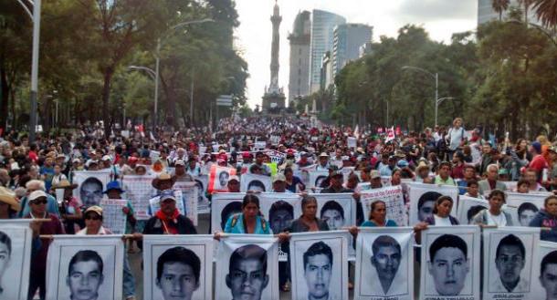 Conmemoran dos años de desaparición de 43 normalistas de Ayotzinapa