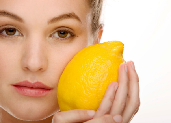 What are the benefits of lemon for the skin?