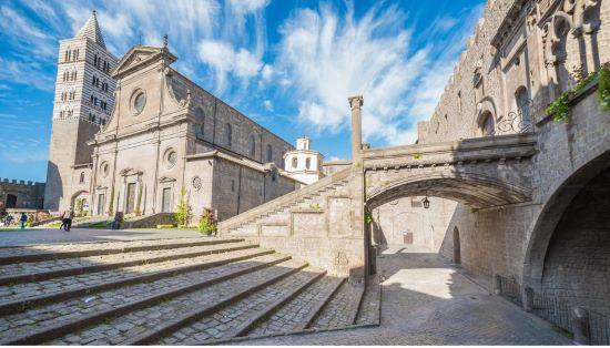 Dove dormire a Viterbo e in provincia da 30 a 60 euro a notte.