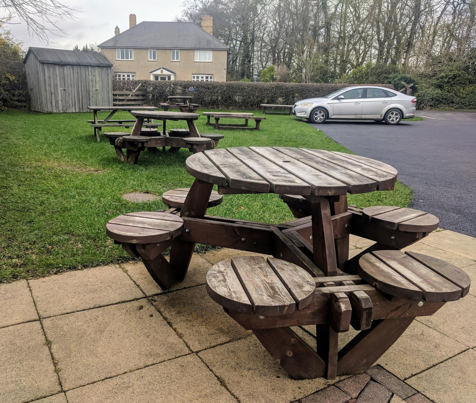 Morwick Dairy Ice Cream Parlour (near Amble)  - outdoor seating