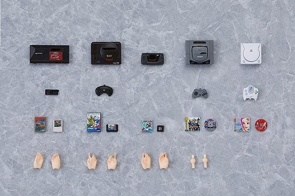 Unpacking Figma Plus Mini Sega consoles