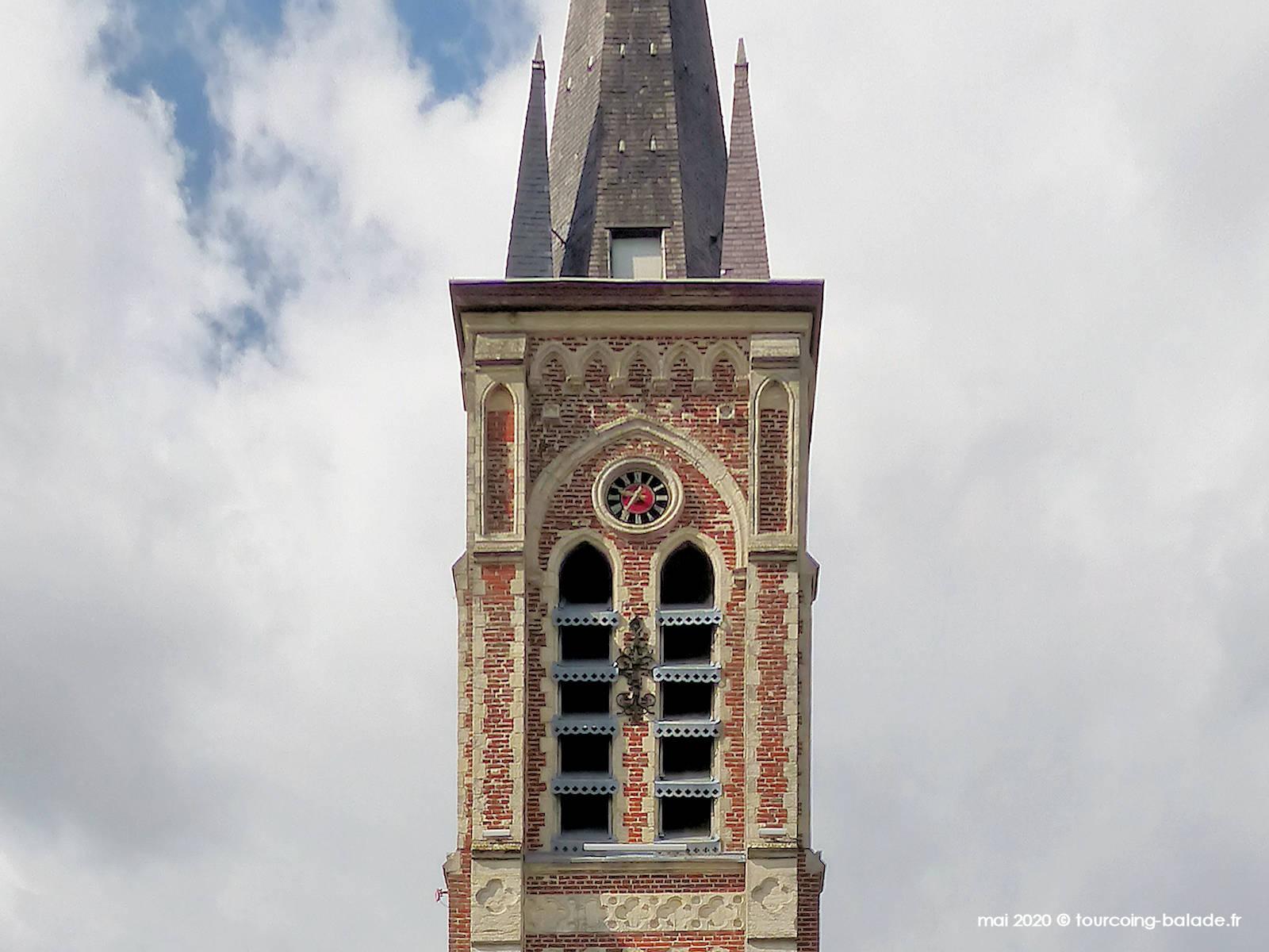 Clocher de l'église Sainte Rita, Vendeville, 2020.