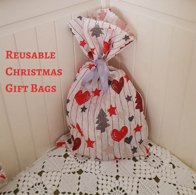 A bunch of (reusable) Christmas gift bags