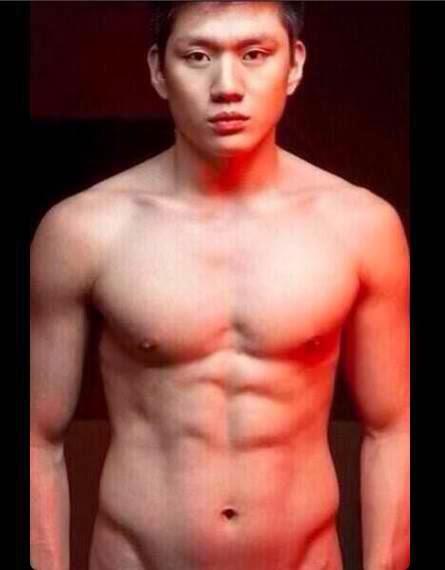 Jeron Teng Shirtless