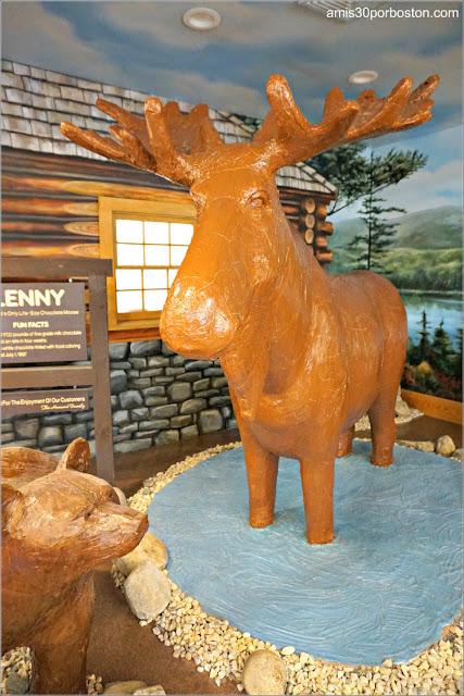 Lenny, el Alce de Chocolate de Len Libby en Maine