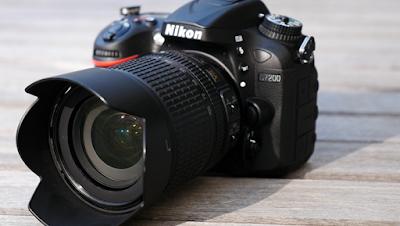 Gambar Kamera DSLR NIKON D7200 Terbaru