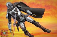 S.H. Figuarts The Mandalorian (Beskar Armor) 69