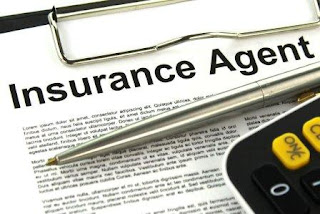 insurance agent earning from selling insurance policy