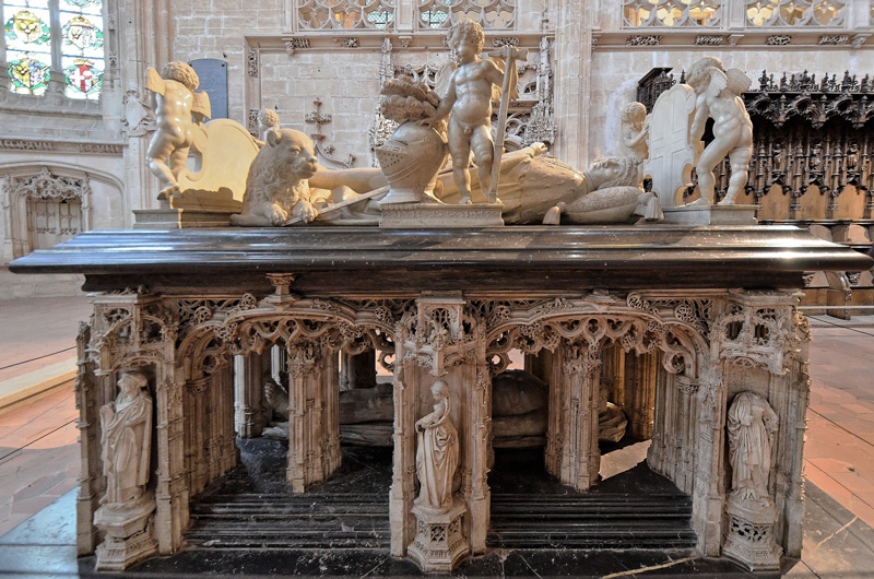 Transi tumba doble de Filiberto de Saboya