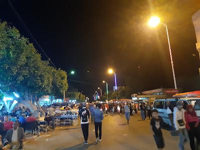 حفوز في ليلة العيد : حركية كبيرة تشهدها المدينة